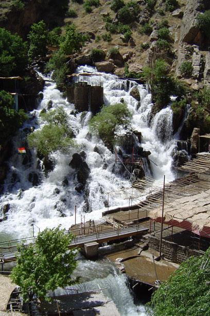 شاهد اجمل معالم كردستان Bekhal-Falls.jpg